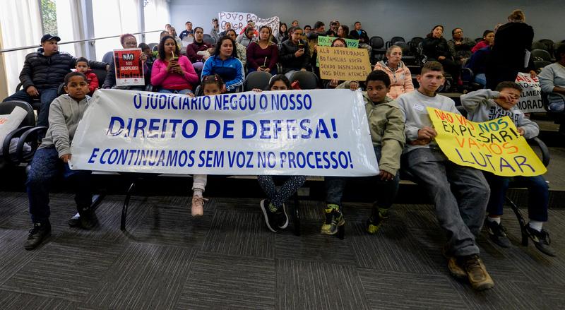 Comissões debatem a ação de reintegração de posse da Comunidade Mato Sampaio, localizada no Bairro Bom Jesus, e ouvem esclarecimentos acerca das contrapartidas feitas pelos empreendedores que já executaram o projeto no local.