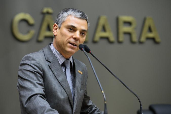 Movimentação de plenário. Na foto: vereador Cassio Trogildo.