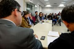 Comissão debate a regulamentação das feiras orgânicas no município de Porto Alegre. Na foto, com a fala, a Sra. Tânia Bischoff.