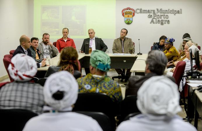 Comissão discute PPP de Culto de Matrizes Africanas APOAXÉ.