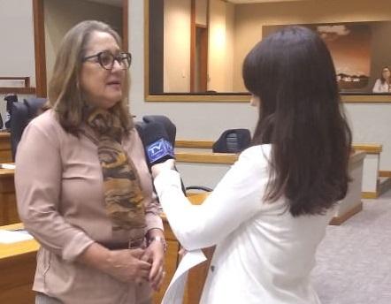 Vereadora na TV Câmara, fala sobre Frente Parlamentar