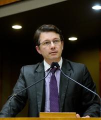 Movimentação de plenário. Na foto: vereador Professor Alex Fraga.