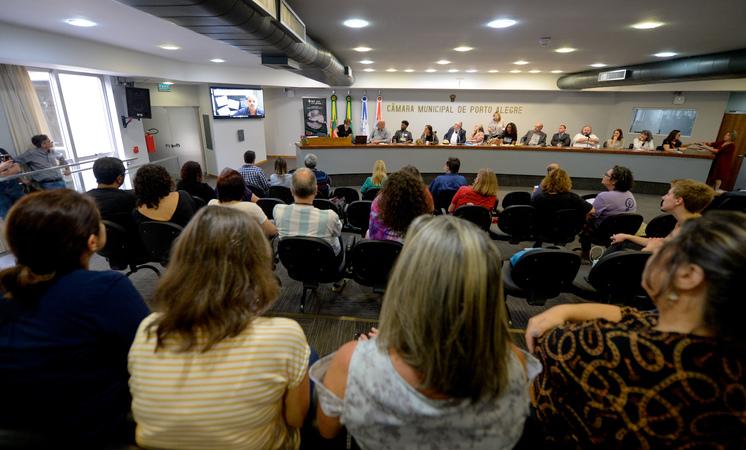 Reinstalação da Frente Parlamentar em Defesa dos Servidores Municipais e dos Serviços Públicos de Qualidade.