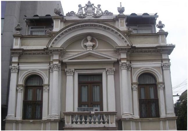 Prédio fica na rua General João Telles, 317, no Bom Fim
