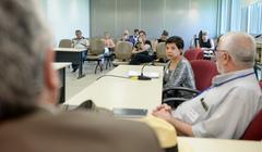 Oitivas da Comissão Especial de Prédios Abandonados. Na foto, com a fala, a Sra. Elizabeth Machado, funcionária do IPERGS.