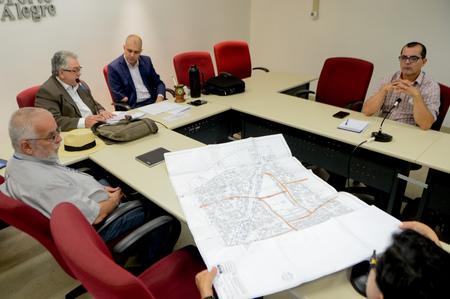Reunião de hoje analisou situação dos prédios pertencentes ao IPE