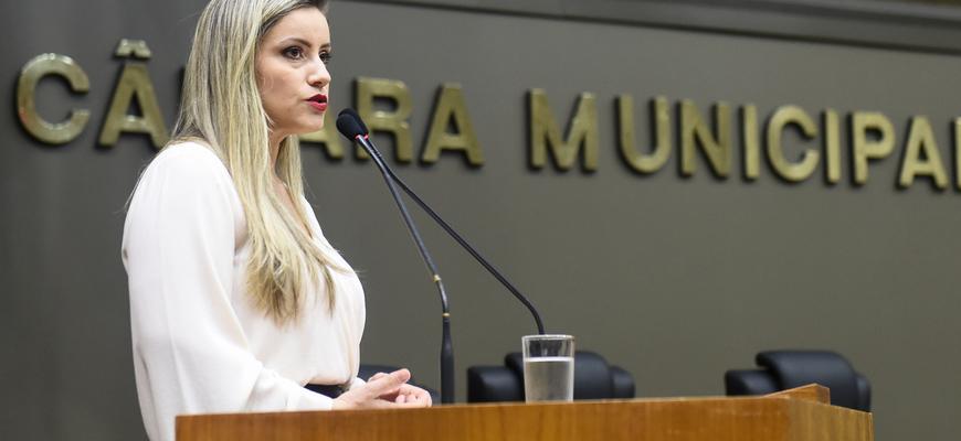 Delegada Cristiane Ramos discorreu sobre trabalho desenvolvido em favor dos idosos da capital