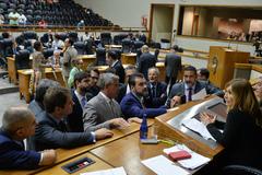 Presidente Mônica Leal (PP) com lideranças na Câmara