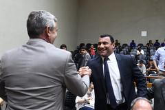 Vereadores Mauro Pinheiro e Comissário Rafão Oliveira comemoram aprovação de projeto