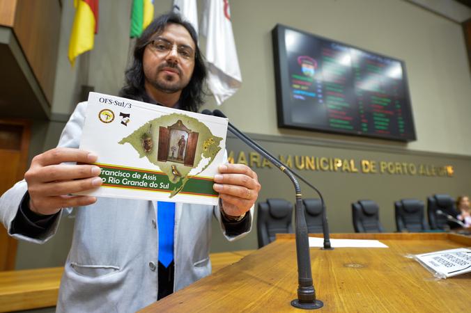 Visita de São Francisco de Assis ao Rio Grande do Sul. Na foto, ministro regional da Ordem Franciscana Regular, André Luis Lopes da Silva.