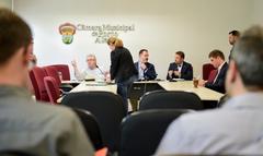 Comissão discute a regularização do registro do Porto Seco.