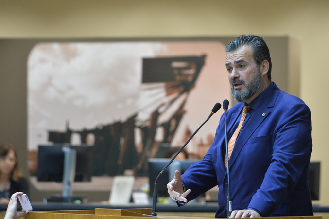 Vereador Cláudio Janta.