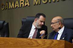 Vereadores Ricardo Gomes e Reginaldo Pujol na sessão desta segunda-feira