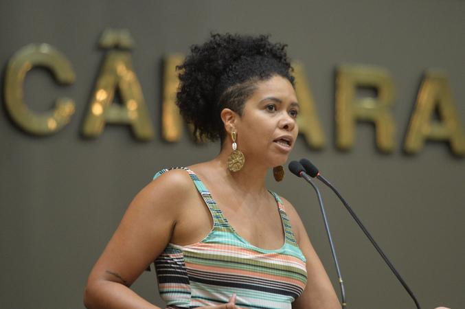 Vereadora Karen Santos.