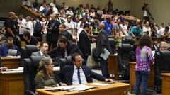 Plenário aprovou retirada de artigo que tratava de contingenciamento de dotações orçamentárias