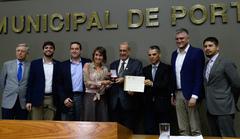 Sessão Solene de outorga da Comenda Porto do Sol à Associação das Empresas dos Bairros Humaitá e Navegantes - AEHN.