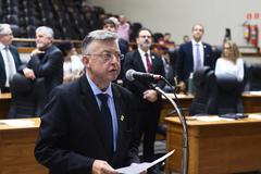 Farid prestou juramento e assumiu cadeira no Legislativo nesta quarta-feira