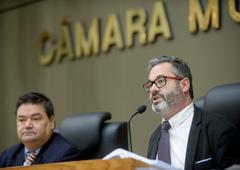 Vereadores Professor Wambert (PL) e Roberto Robaina (PSOL)