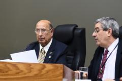Sessão foi presidida pelo vereador Reginaldo Pujol (DEM)