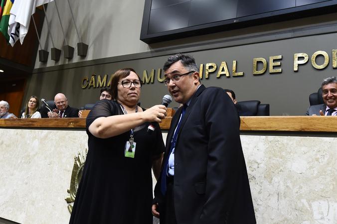 Sessão Especial de posse do vereador Reginaldo Pujol na presidência da Casa. Posse dos novos diretores.