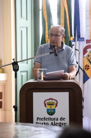 Presidente Reginaldo Pujol participa do Ato de Assinatura da Lei Complementar que cria os cargos de Agente Comunitário de Saúde e Agente de Combate às Endemias na Administração Direta.