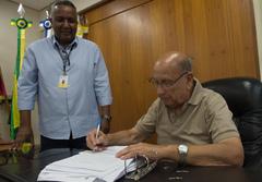 Plano, assinado por Reginaldo Pujol, visa a prevenir incêndios no prédio da Câmara