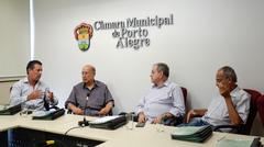 Reunião de abertura da CEFOR. Vereadores Valter Nagelstein, Presidente Reginaldo Pujol, Idenir Cecchim e Airto Ferronato.
