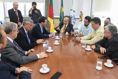 Visita do prefeito ao Legislativo teve caráter institucional