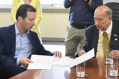 Prefeito Marchezan Júnior e vereador Reginaldo Pujol, presidente da Câmara Municipal