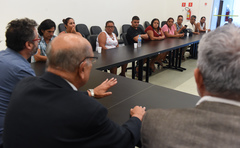 Presidente Reginaldo Pujol recebe a comunidade de Mato Sampaio.