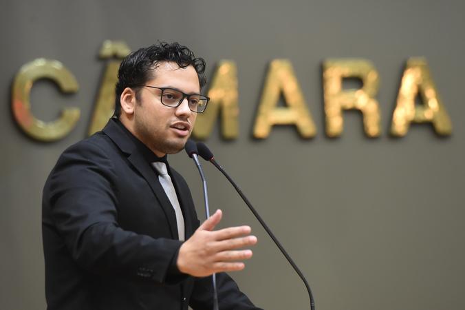 Movimentações no Plenário. Na foto: vereador Marcelo Rocha