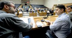 Michel Costa (d) em depoimento hoje à CPI sobre a administração Marchezan
