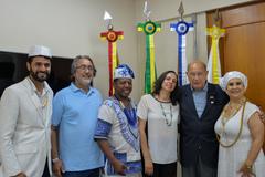 Presidente Reginaldo Pujol recebe a visita do Pai Paulinho do Xoroquê e Sra. Rose.