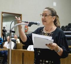 Vereadora Lourdes na reunião do dia 06/02/20, da CPI
