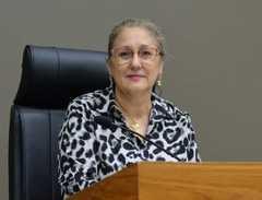Vereadora Lourdes presidiu a sessão do dia 20/02/20 (Foto: DER/CMPA)
