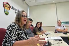 Comissão debate situação de descarte do lixo eletrôlico em Porto Alegre. Com a fala, a vereadora Lourdes Sprenger.
