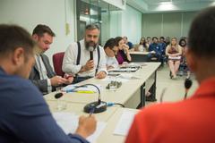 Comissão debate Projeto de Lei sobre taxação em aplicativos de transportes na capital. Na foto, com a fala, diretor -presidente da EPTC, Fábio Berwanger.