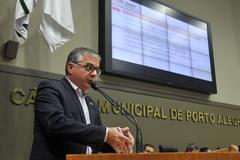 Audiência para debater modificações no transporte público de Porto Alegre. Na foto, o secretário extraordinário de Mobilidade Urbana, Rodrigo Mata Tortoriello