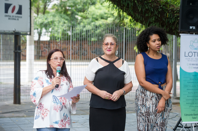 Homenagem ao Dia da Mulher promovida pelo Procuradoria Especial da Mulher. Vereadora Cláudia Araújo ao microfone