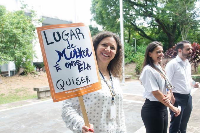 Homenagem ao Dia da Mulher promovida pelo Procuradoria Especial da Mulher.