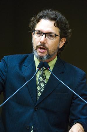 Retrato.  Vereador Professor Alex Fraga.