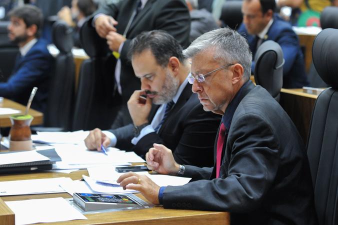 Movimentação de plenário. Na foto, vereador Germano Filho.