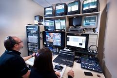 Transmissão de reunião virtual pela TV Câmara (Foto: Ederson Nunes/CMPA)
