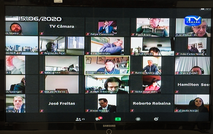 Sessão Ordinária para votação de processos relativos ao COVID-19