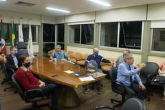 Sorteio dos membros da comissão que avaliará o impeachment do prefeito municipal.