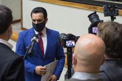 Apreciação do parecer sobre o processo de impeachment do prefeito Nelson Marchezan Jr. Na foto, relator vereador Alvoni Medina (gravata vermelha)