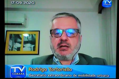 Debate sobre os PLCE 01/20 e 02/20 referentes, respectivamente, à Taxa de Congestionamento e a Taxa de Mobilidade Urbana. Com a fala, Rodrigo Tortoriello, Secretário extraordinário de mobilidade urbana.