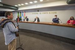 Sessão Solene em homenagem à Revolução Farroupilha e de entrega da Comenda Glaucus Saraiva ao Sr. Giovani Osório Tubino.  Na mesa, à partir da esquerda:  Maxoel Bastos de Freitas, Giovani Osório Tubino, Reginaldo Pujol,, Luciano Alabarse e Sandra Abech.