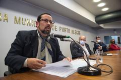 Tubino foi agraciado nesta tarde pelo seu trabalho em favor do gauchismo