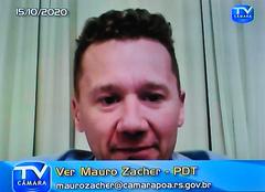 Audiência Pública para debater sobre o PLL 377/17, que trata sobre a remuneração dos agentes públicos. Com a fala o vereador Mauro Zacher.